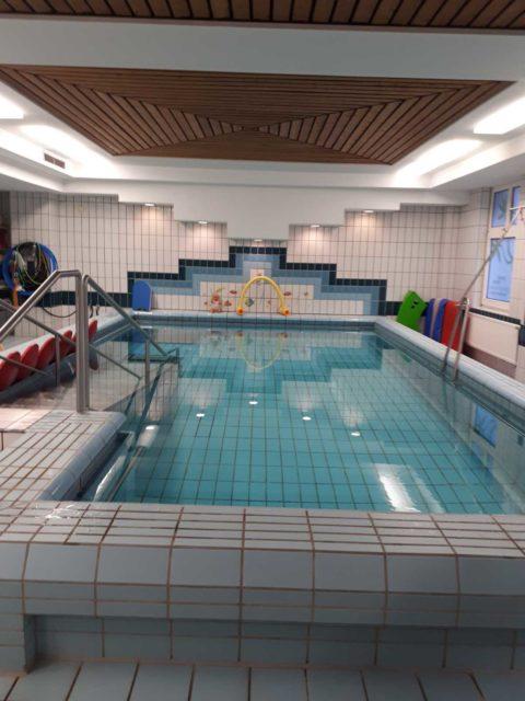 Kleinkindschwimmkurse im Schwimmbad Franziskus Hospital